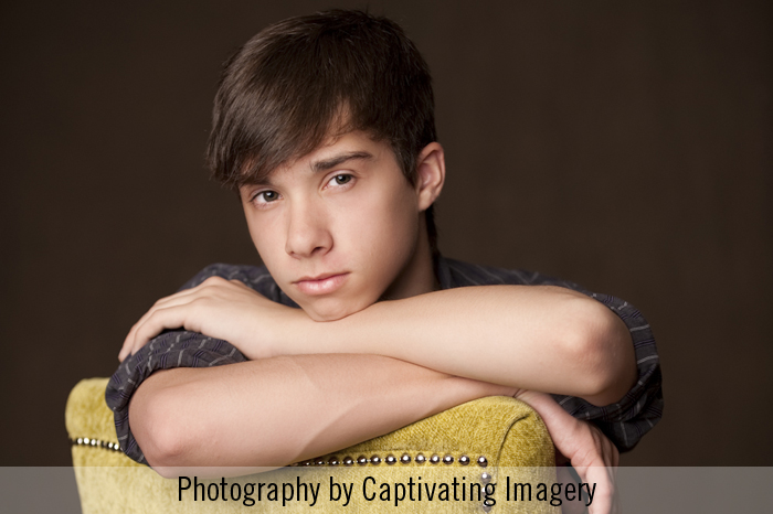 studio senior portrait in Pittsburgh