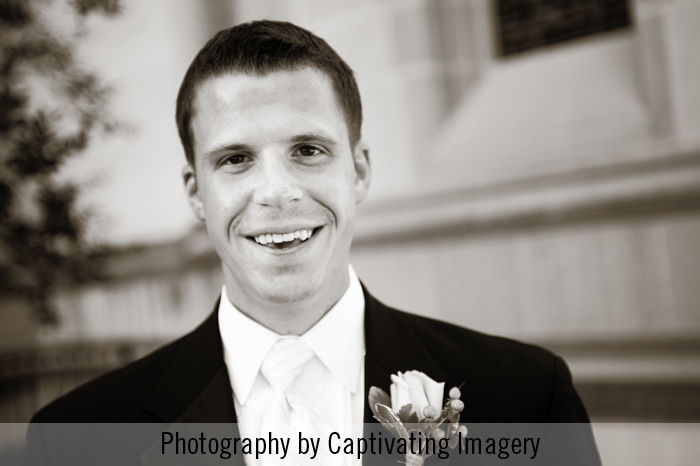 groom photo outside Heinz Chapel in Pittsburgh