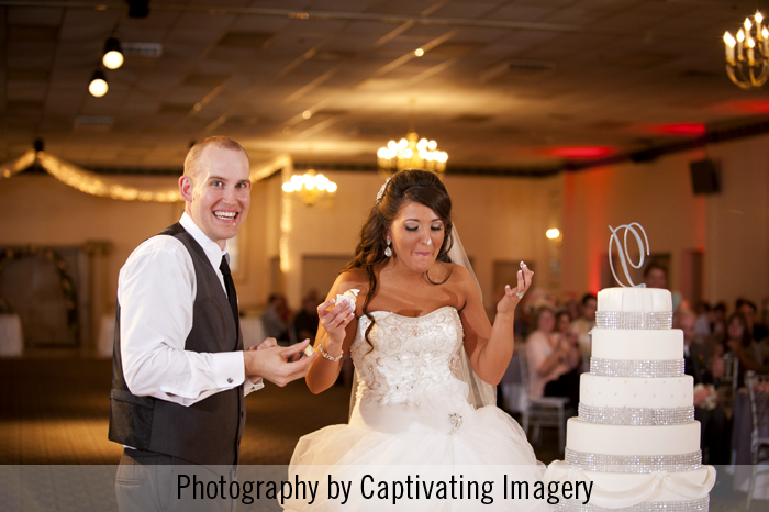 cake smash, cake cutting